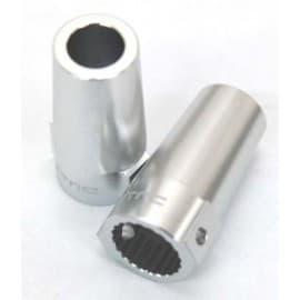 CNC Mach Alum Rear Lock Outs Wraith (2)