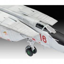 Revell 1/72 Mig-25 RBT