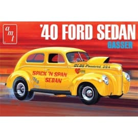 AMT 1/25 1940 Ford Sedan, OAS
